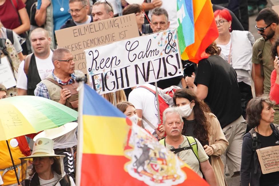 La Policía de Berlín decide disolver la marcha contra restricciones por el coronavirus