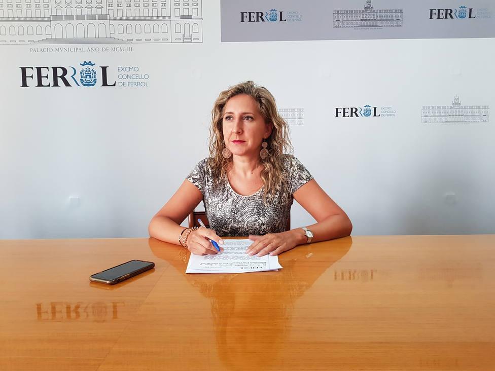 La concejala del PP, Martina Aneiros, en rueda de prensa. FOTO: PP Ferrol