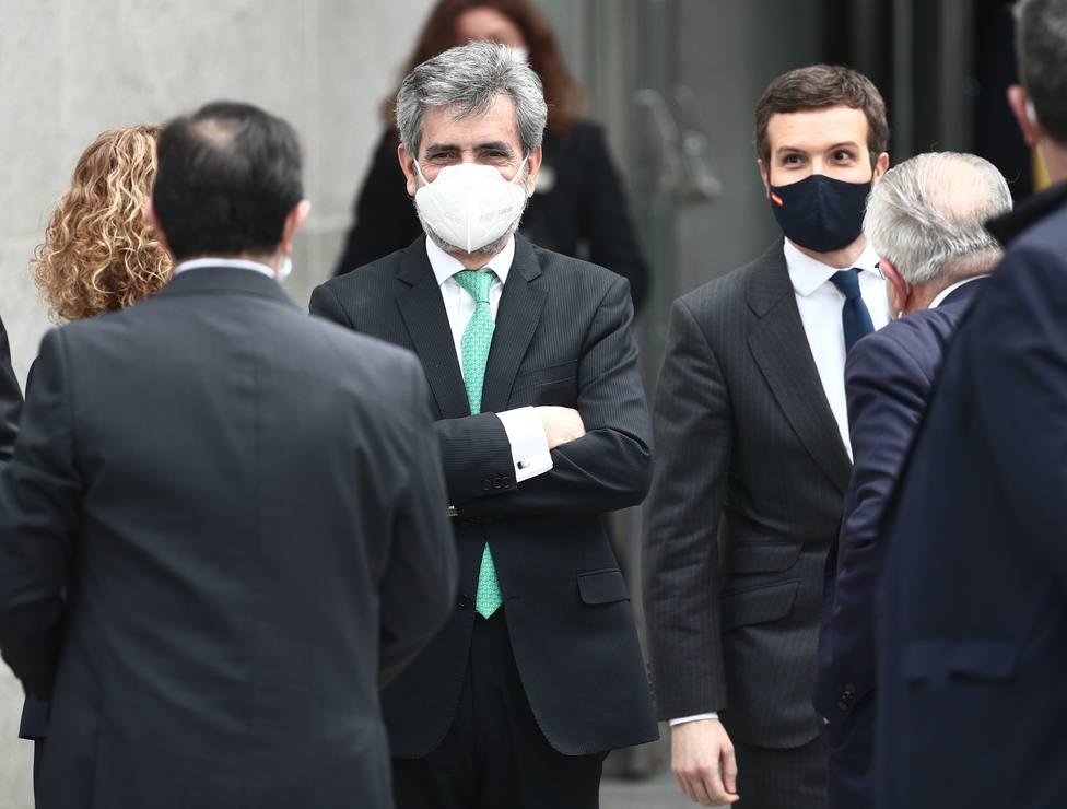 Casado dice que el Rey y Suárez derrotaron el golpe del 23F y pide parar agresiones de los radicales