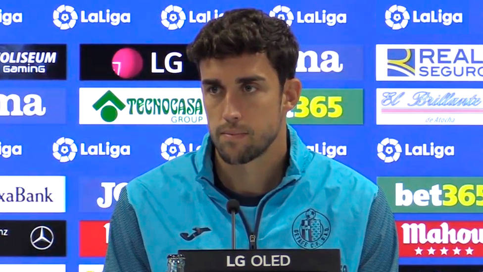 Jaime Mata, jugador del Getafe, en la sala de prensa del Coliseum Alfonso Pérez