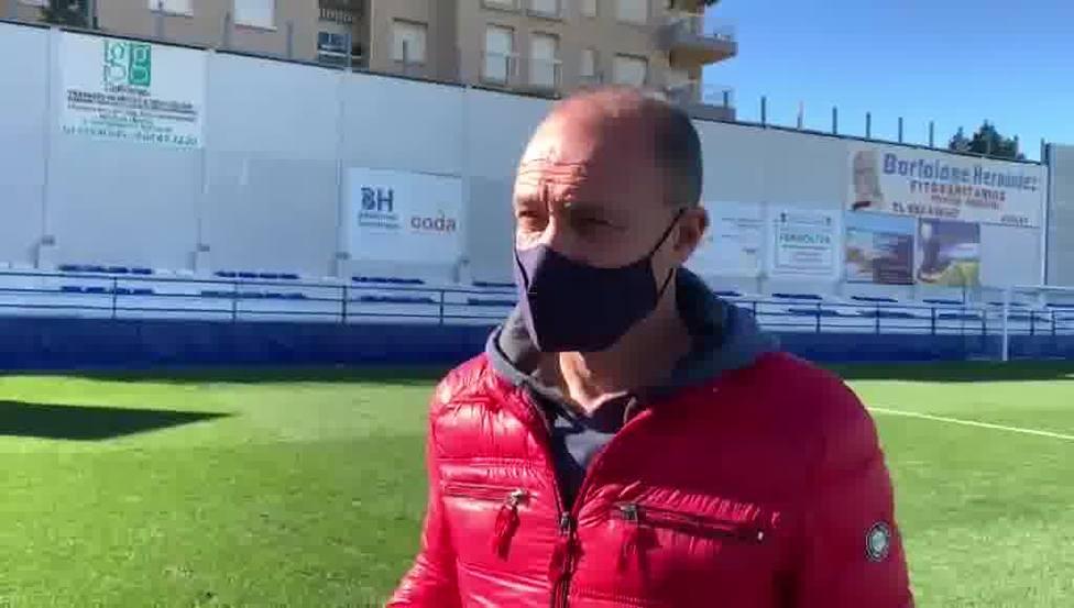 Vicente Mir, destituido como técnico del Águilas FC