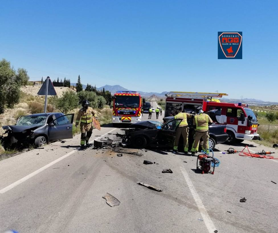 Sucesos.- Un fallecido y dos heridos en un accidente de tráfico ocurrido en Km 5 de RM-530, en Archena