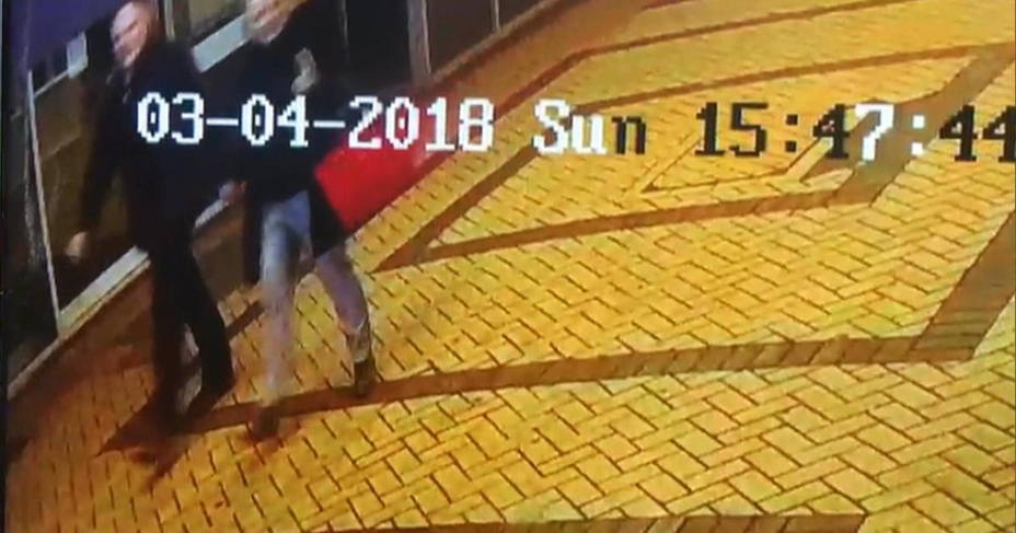 El agente nervioso contra el exespía pudo esconderse en la maleta de su hija