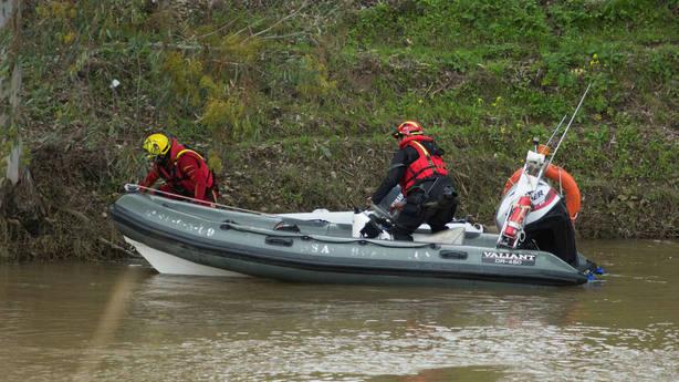 Suspendida por el mal tiempo la búsqueda del guardia civil en Guillena (Sevilla)