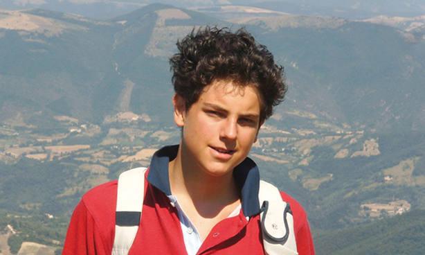 Carlo Acutis, el chico de 15 años que documentó los Milagros Eucarísticos del mundo entero