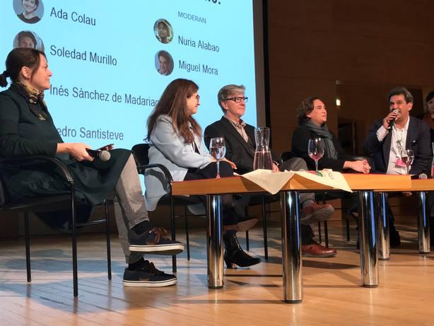 Colau cree que los ayuntamientos tiene un papel importantísimo en la revolución feminista global