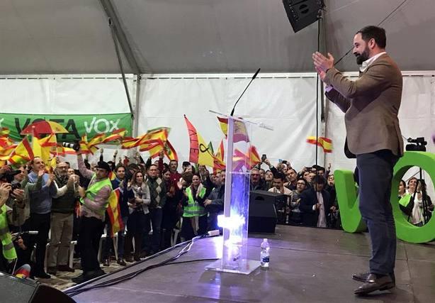 Santiago Abascal aplauda a sus militantes: Muchos se reían de nosotros, pero nunca tiramos la toalla