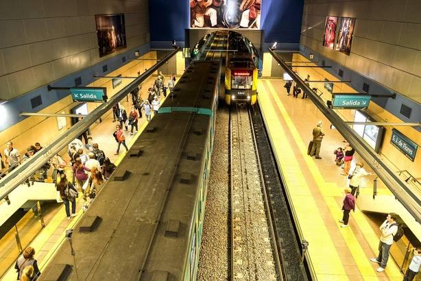 Un juez de Buenos Aires ordena que el metro sea gratis si no funcionan escaleras mecánicas o ascensores