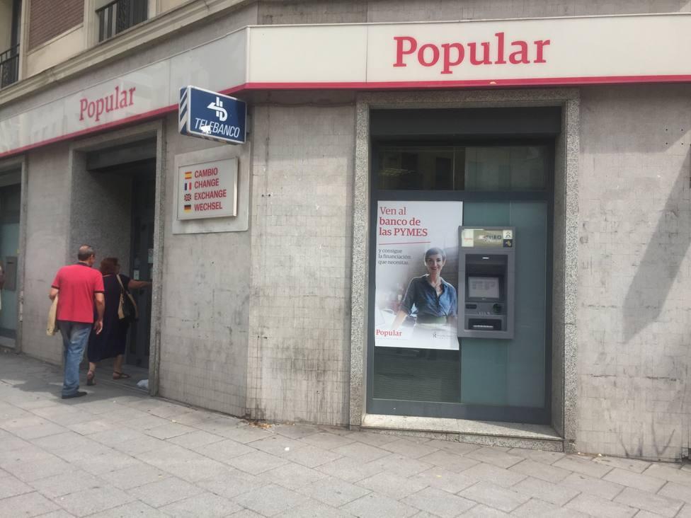 El ajuste de la red de Santander y CaixaBank acerca el número de oficinas bancarias a la media europea