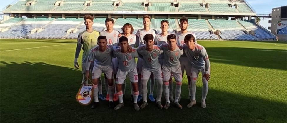 Triple empate para la selección española de Álex Jiménez