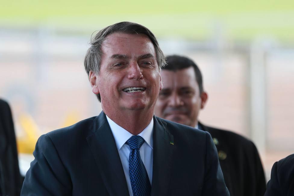 Bolsonaro decide no dar más entrevistas porque dice que le acusan de atacar a los periodistas cuando las concede