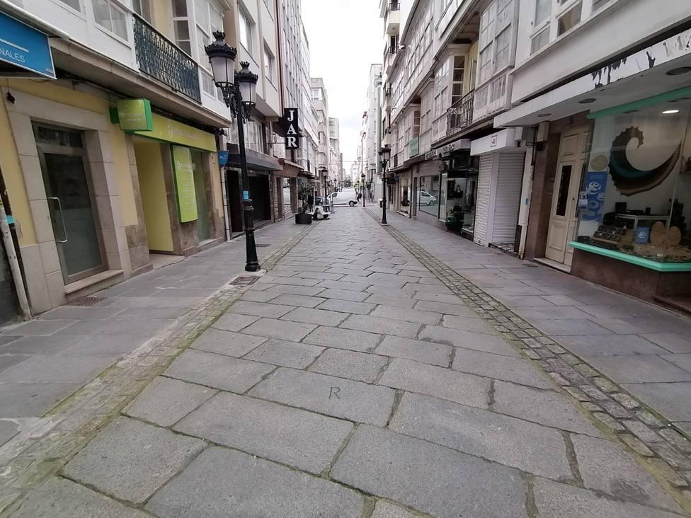 Calle Galiano de Ferrol sin actividad durante el estado de alarma