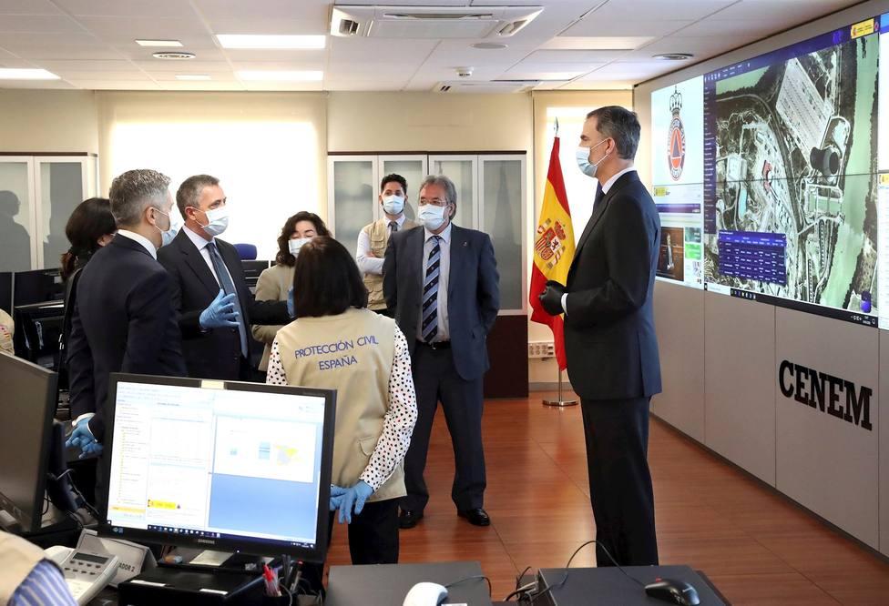 El Rey en el Centro de Coordinación Nacional de Emergencias