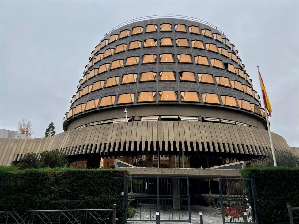 Fachada del edificio del Tribunal Constitucional de España, en Madrid a 29 de noviembre de 2019. - Eduardo Par