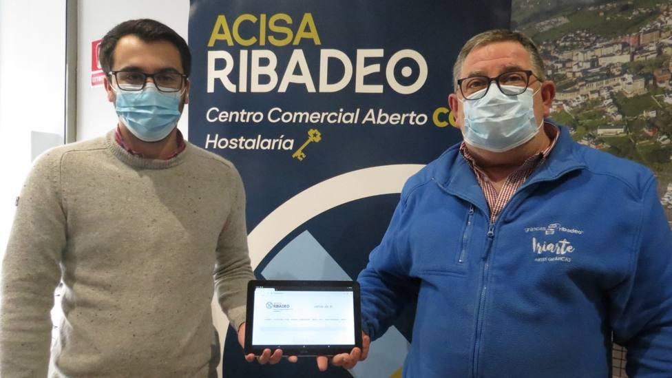 Jesús Pérez y Francisco Iriarte, gerente y presidente de Acisa Ribadeo
