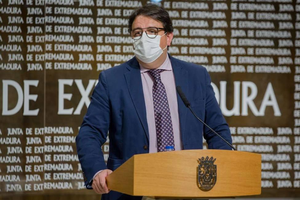 Extremadura cierra la actividad no esencial en municipios de más 5.000 habitantes y limita movilidad