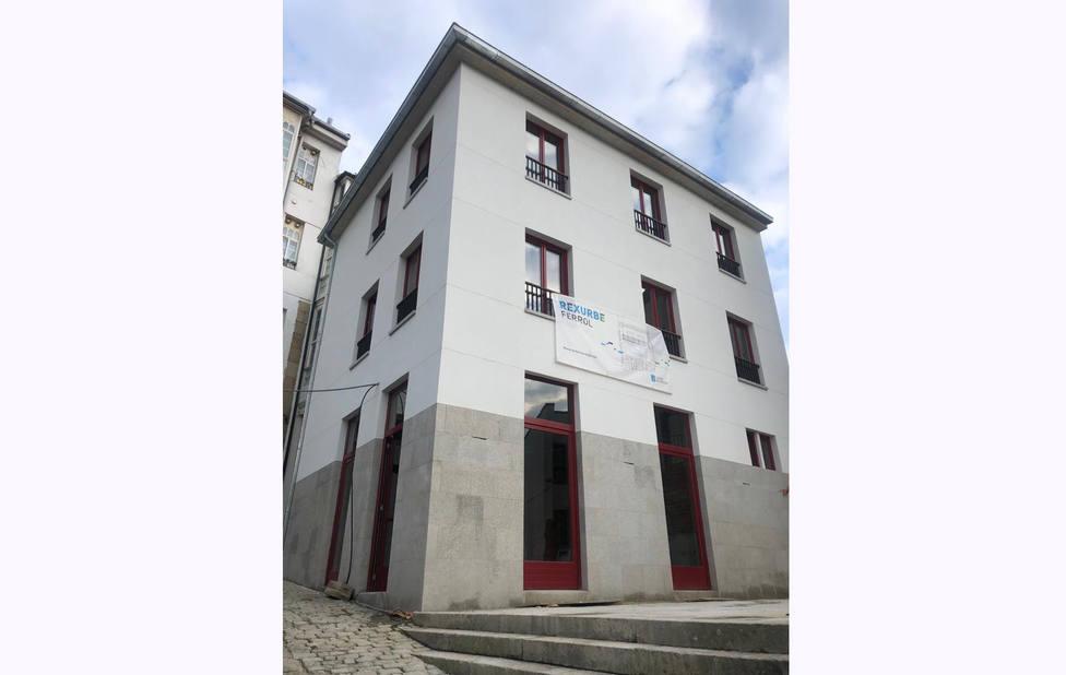 El nuevo inmueble cuenta con dos viviendas y un bajo comercial - FOTO: Xunta
