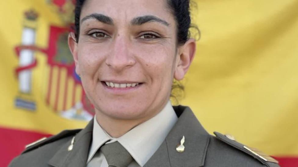 Muere la sargento de artillería Débora Grau, en un accidente durante unos ejercicios en Santa Pola (Alicante)