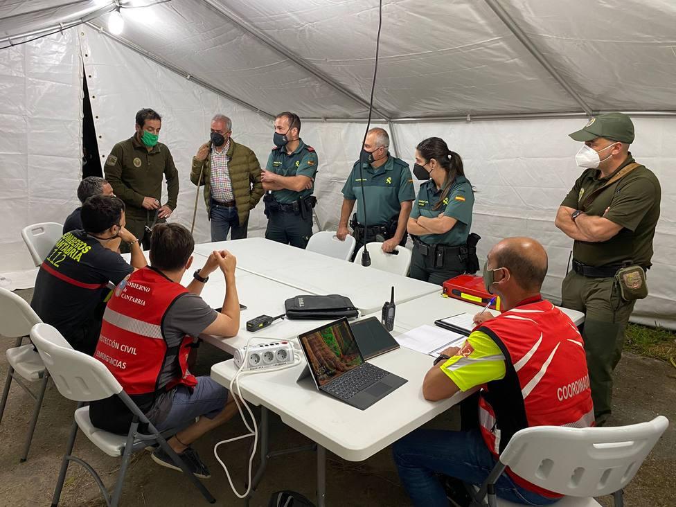30 personas trabajan en el dispositivo de rescate