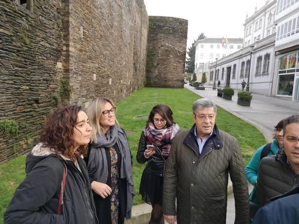 El retraso en el encendido de la iluminación navideña provoca polémica en Lugo