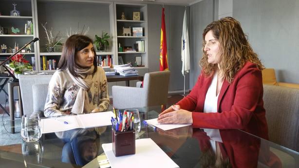 Reunión entre Ángeles Vázquez y Marián Ferreiro en Santiago