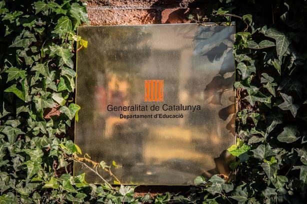 Seguimiento desigual de la huelga del Sindicat dEstudiants en institutos de Cataluña contra el juicio del 1-O