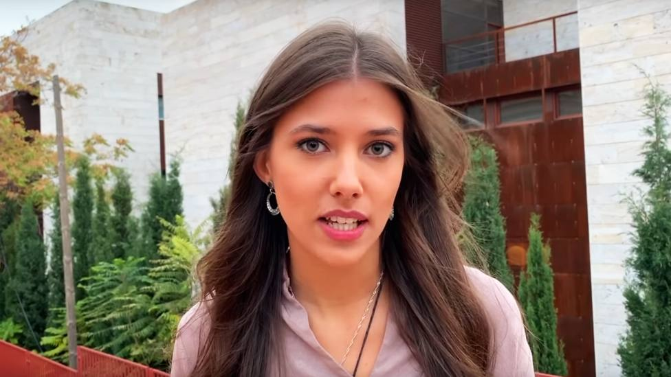 Andrea, la joven católica que habla sin miedo de la libertad, de la felicidad y de los Mandamientos