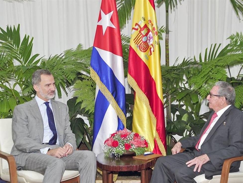 Felipe VI se reúne con Raúl Castro como gesto de amistad y deferencia con Cuba