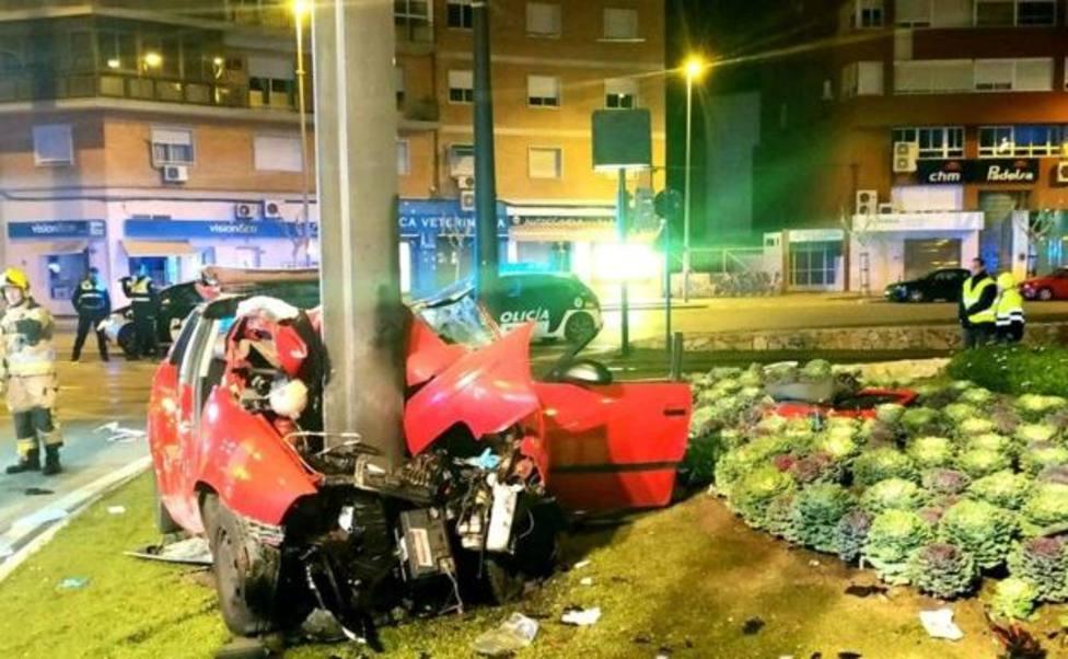 Fallece un joven de 21 años en un accidente de tráfico registrado en el centro de Murcia