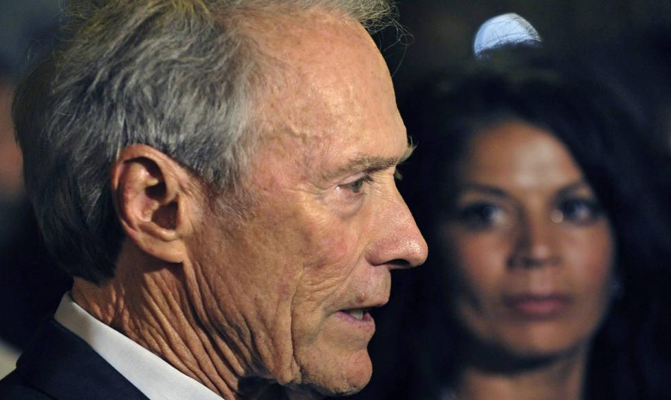 """Clint Eastwood retrata a los que le acusan de """"machista"""" por la polémica con su última película"""
