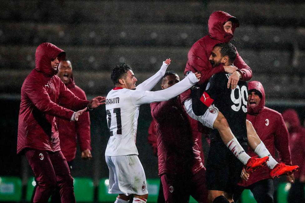 El Milan celebra el pase a la Europa League (EFE)