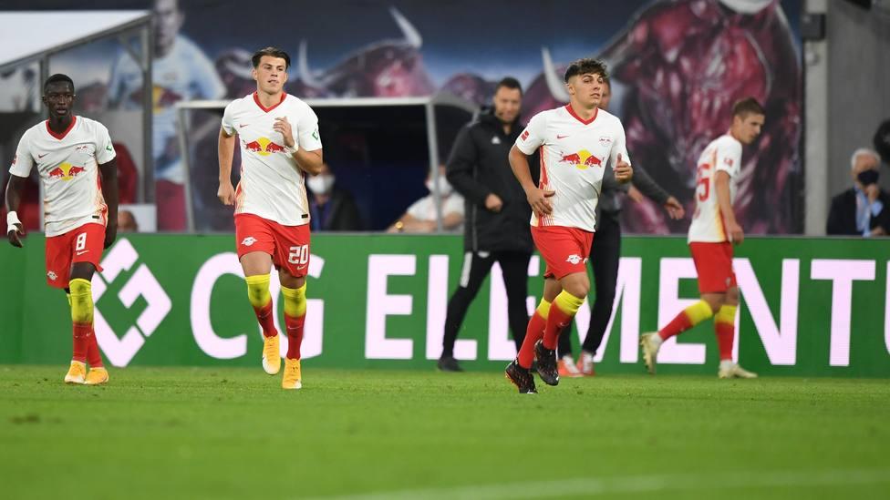 Doblete de Haaland en goleda del Dortmund; el Leipzig vapulea al Schalke 04 y se coloca líder