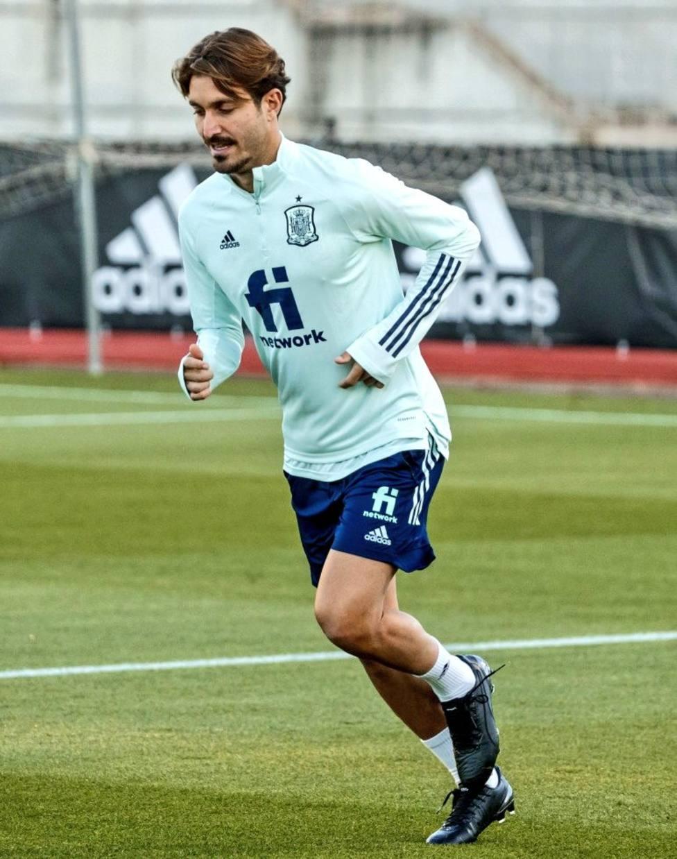 Campaña, en su primer entrenamiento con España