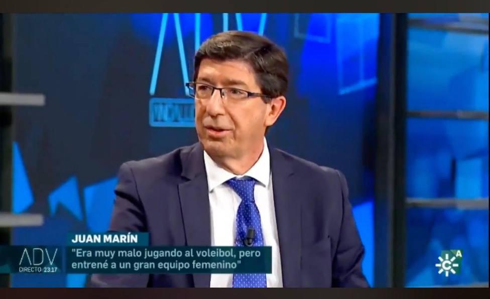 Momento en el que Juan Marín desvela su amor por el voleibol.