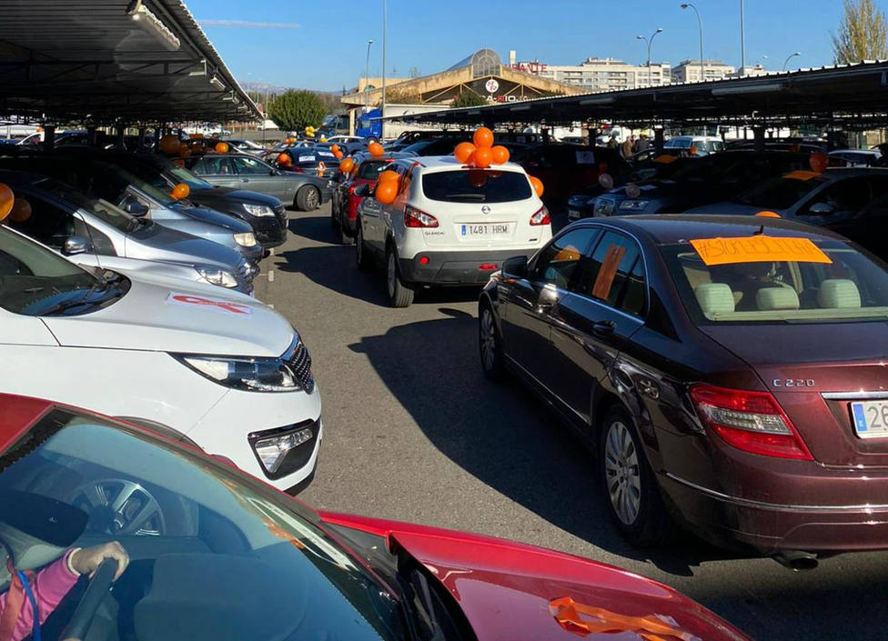Más de dos mil vehículos recorren Logroño contra la nueva Ley Celaá y en defensa de la educación concertada