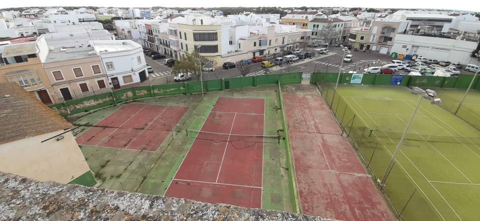 El Ayuntamiento completa el espacio de la plaza La Paz