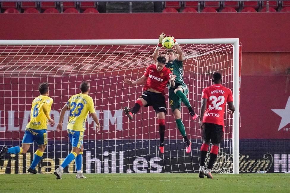 Un instante del partido entre el Mallorca y Las Palmas