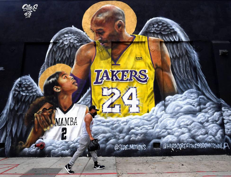 Murales de Kobe Bryant y Gigi por el aniversario de su muerte que sera el proximo 26 de enero