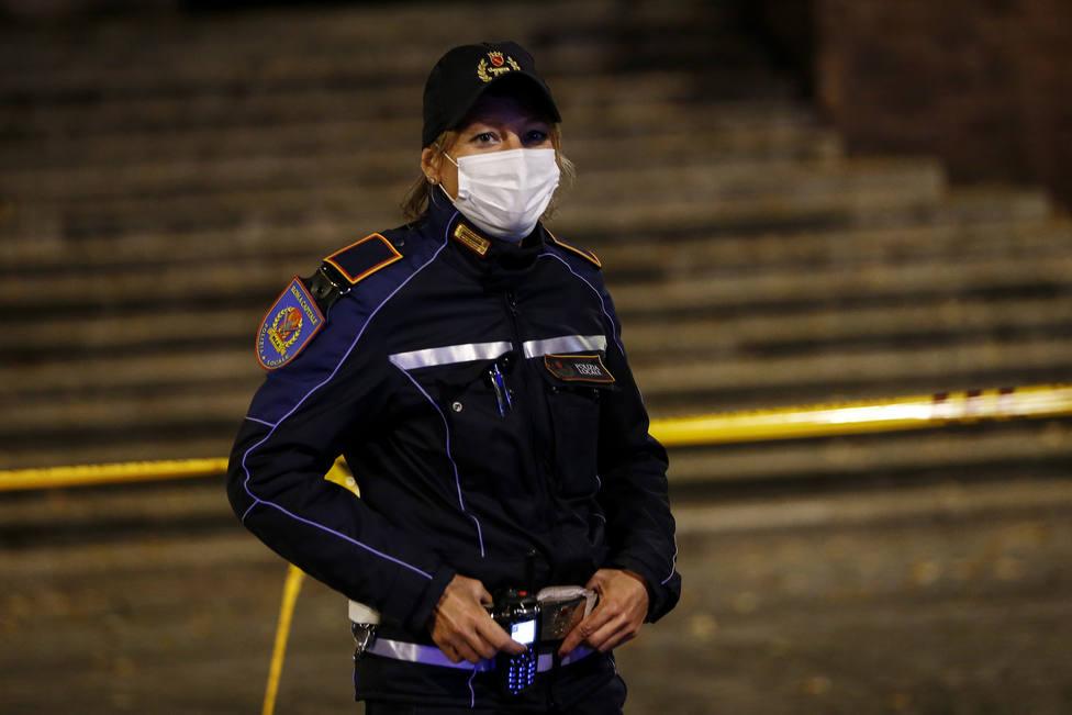 La Policía italiana detiene a tres funcionarios de Sicilia por tergiversar las cifras de coronavirus