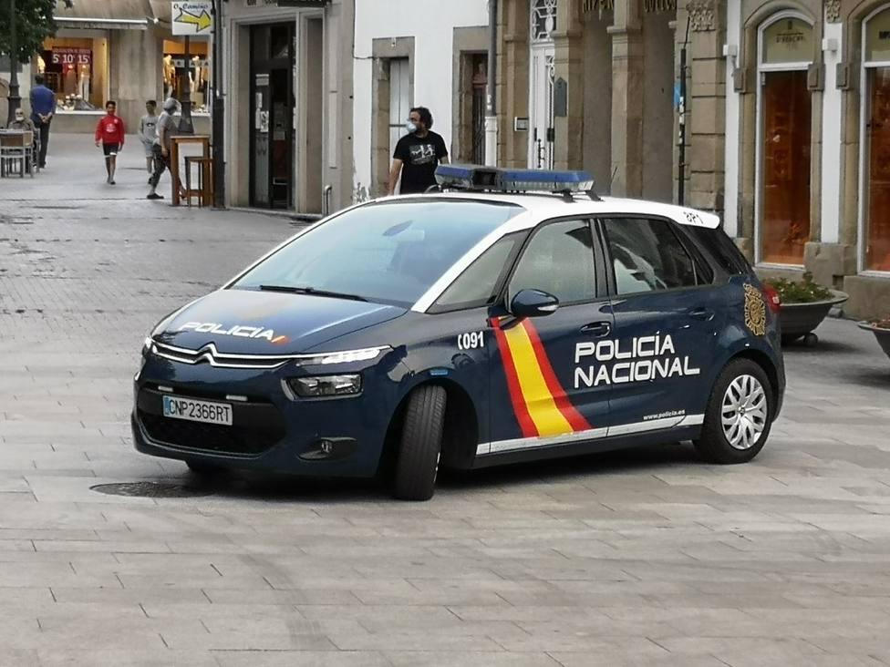 Agentes de Policía arrestaron al sospechoso cuando realizaba una venta