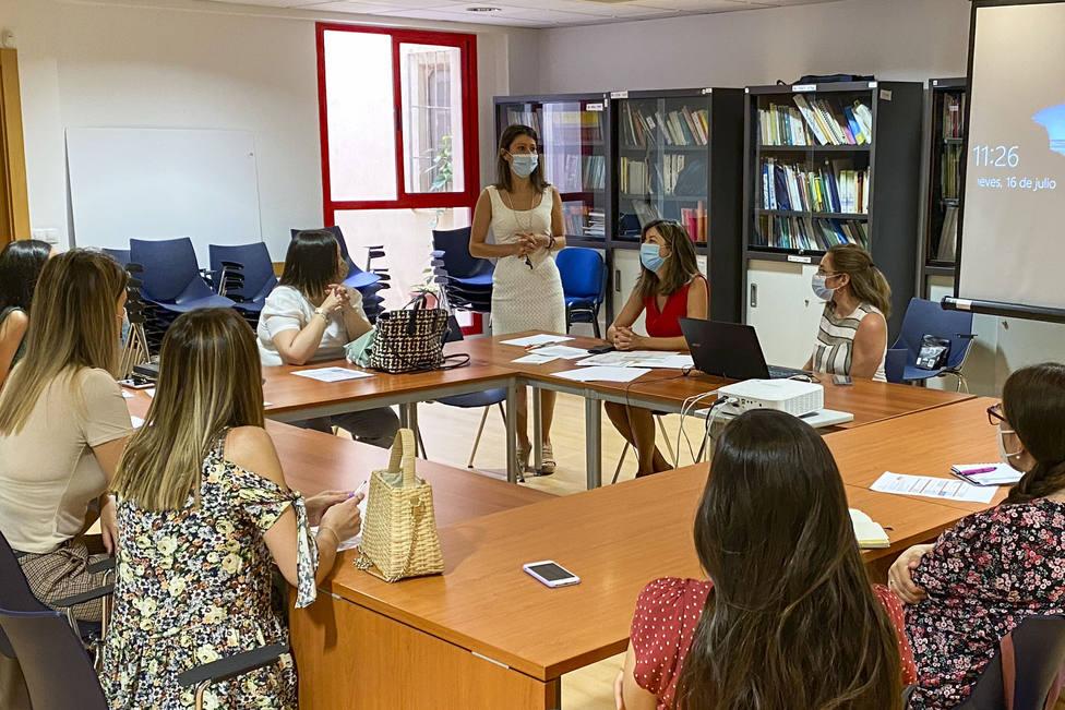 La Diputación de Almería impulsa un proyecto piloto de refuerzo educativo para menores vulnerables