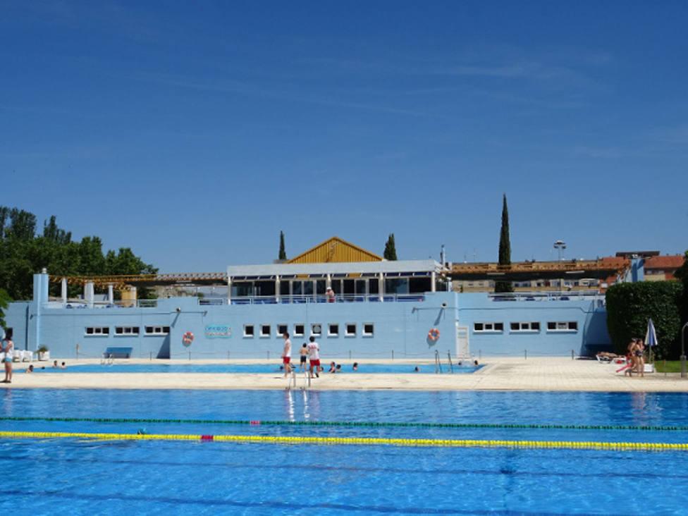 ctv-7yz-foto-piscinas