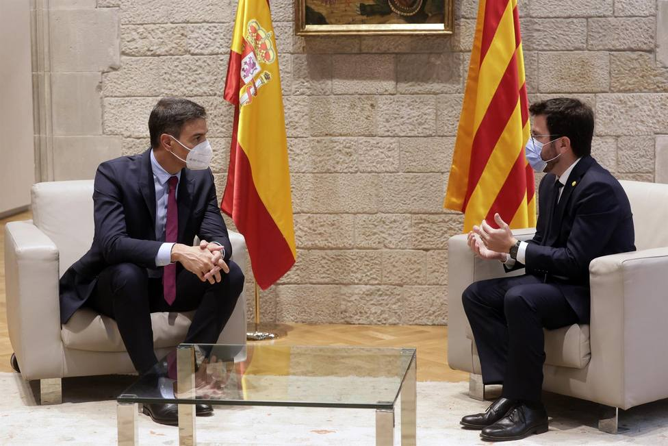 Comienza la reunión entre la Generalitat y Moncloa previa a la mesa de diálogo
