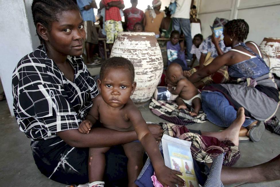 La Organización Mundial de la Salud aprueba el uso de la primera vacuna contra la malaria