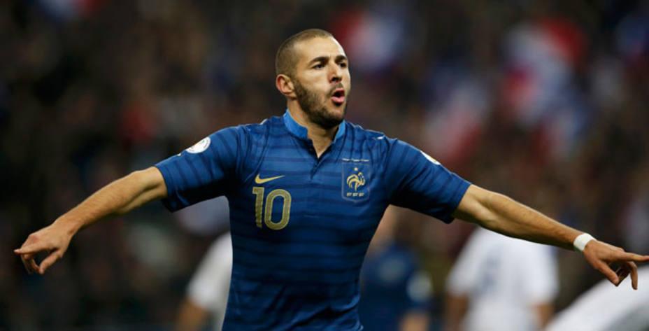 Benzema celebrando su último gol con Francia. Reuters.