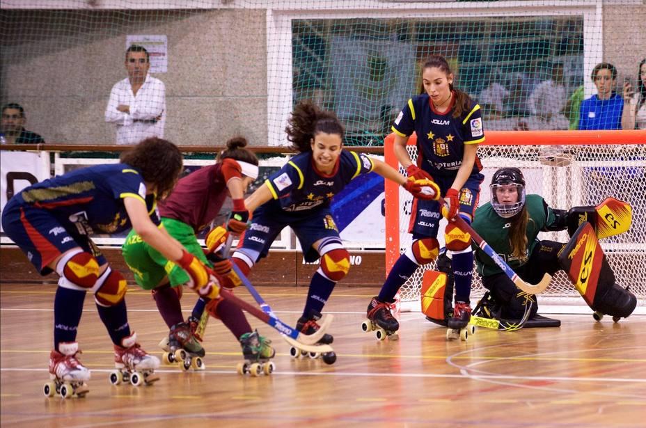 La selección española femenina de hockey patines se proclama campeona de Europa