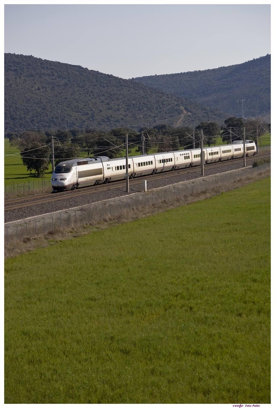 Los interventores de tren de Renfe, convocados a una huelga el 14 de diciembre