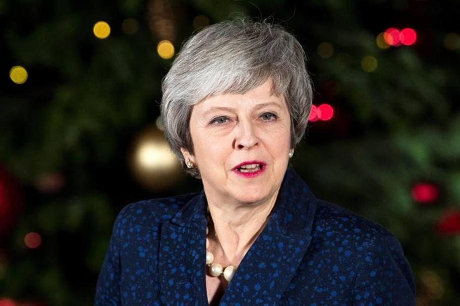 May retoma su plan del brexit tras superar la votación sobre su liderazgo