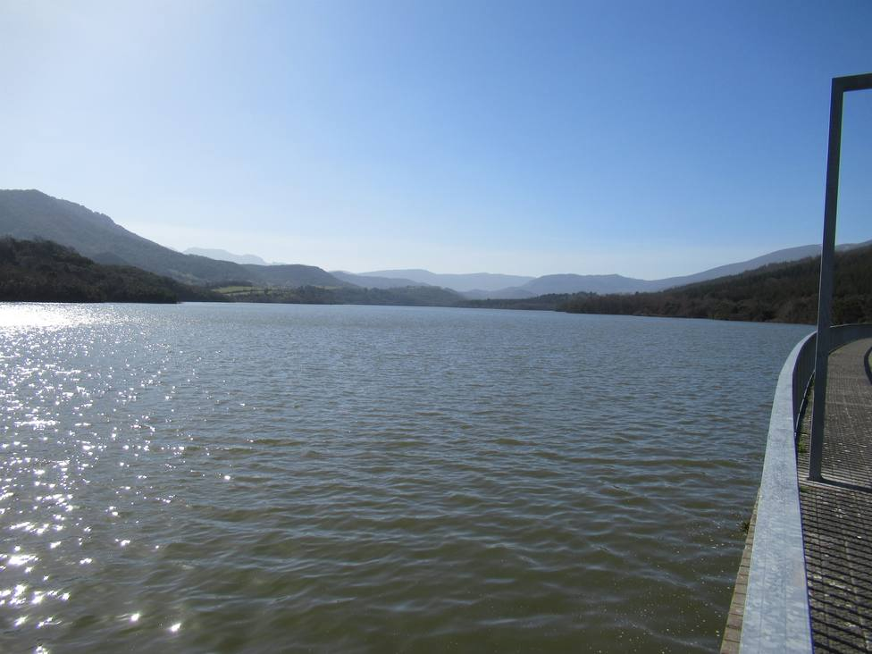 Más de 375.000 personas piden a la Comisión Europea que mantenga la ley que protege las aguas de Europa