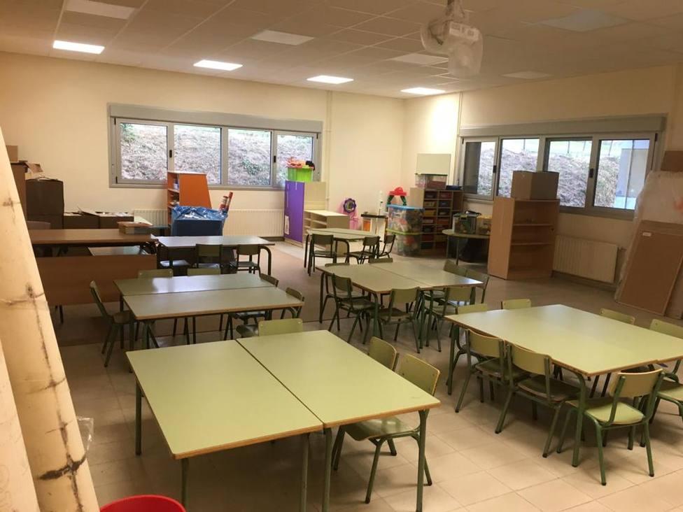 Galeria de Imágenes: Educación asegura que el colegio de Casás está preparado para comenzar las clases